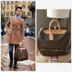🚫SOLD🚫Auth Louis Vuitton Evasion Travel Bag